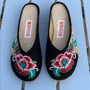 Shoes - Brand new Chinese slippers